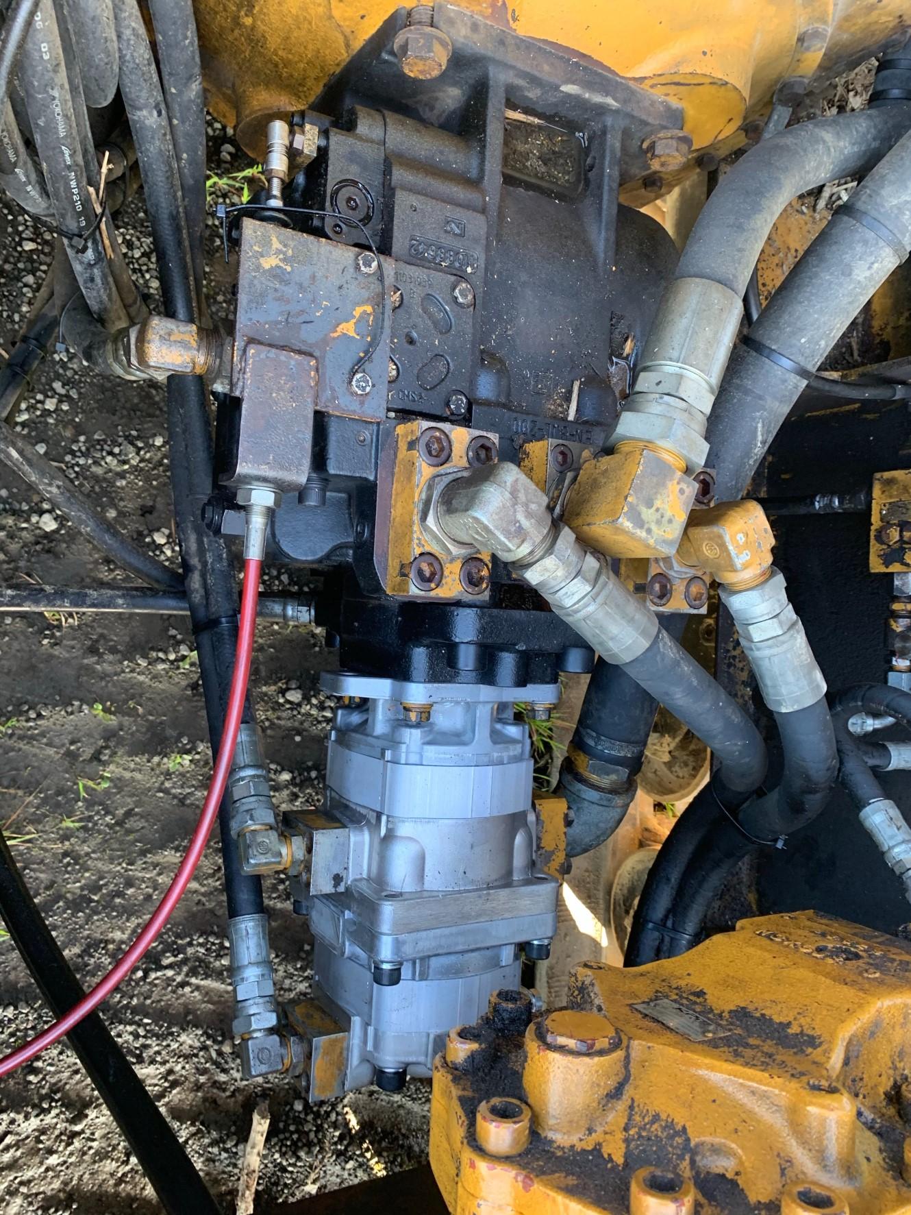 MOROOKA(諸岡) 自走式木材破砕機 MC4000画像